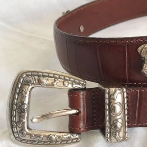Talbots brown leather belt silver dog heads size M
